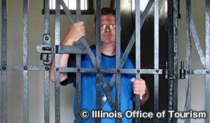 2つの牢屋 Two Cell Jail