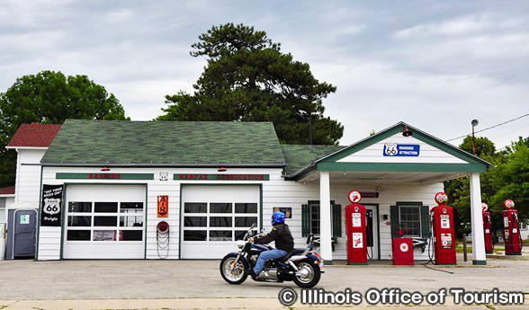 アンブラー・ベッカー・テキサコ・ガス・ステーション Ambler-Becker Texaco Gas Station