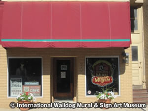 インターナショナル ウォールドッグ ミューラル & サイン アート International Walldog Mural & Sign Art Museum