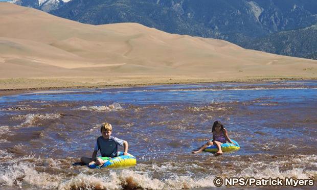グレートサンドデューンズ国立公園 水遊び