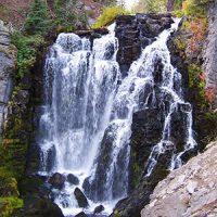 キングス クリーク滝 トレイル